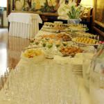 Sala con buffet